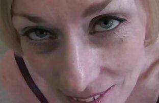 dễ thương gái đẹp xx mập mạp Chloe hút một tinh ranh xấu tính