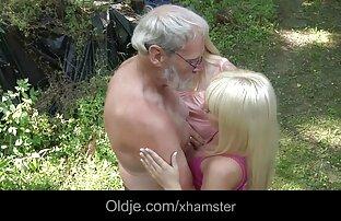 Tetona dando un buen sexo gái đẹp xx